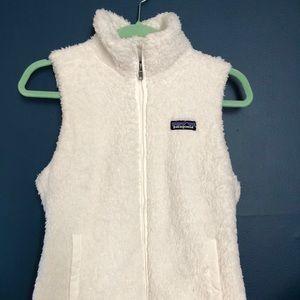 Patagonia fuzzy white vest